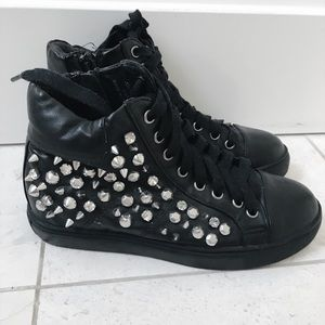 Top Shop Studded Sneakers Sz 6